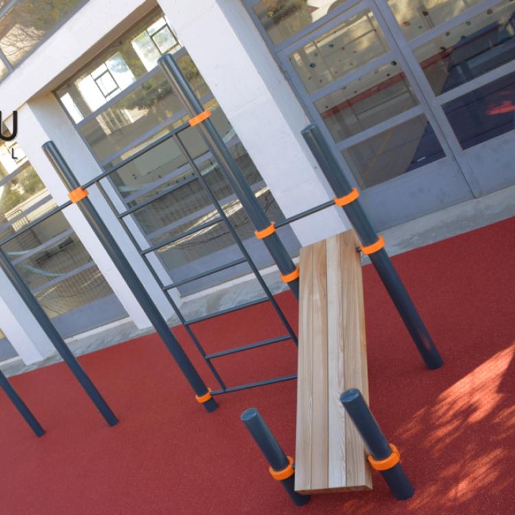 terrain sportif pour les hôpitaux Kenguru Pro